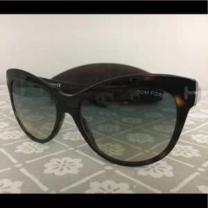 8a8bbb57c82 Tom Ford Accessories - Authentic🆕 Tom Ford FT0430 Lily Cateye Sunglasses
